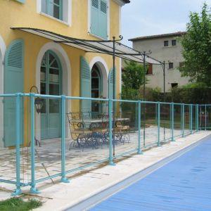 sécurité piscine barrière