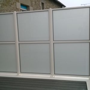 Separation balcon blanc